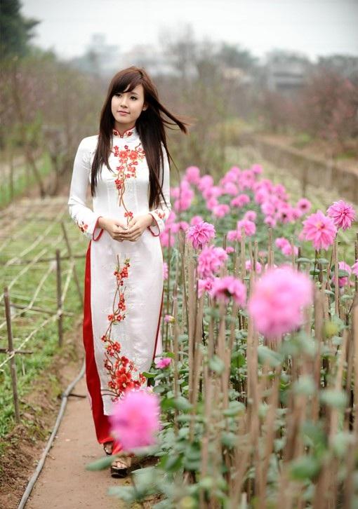 Phát cuồng trước vẻ đẹp quyến rũ của nữ sinh Sài Thành